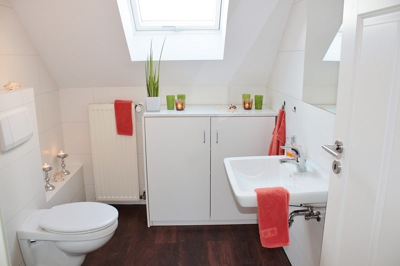 Wasserenthärtungsanlage sauberes Bad
